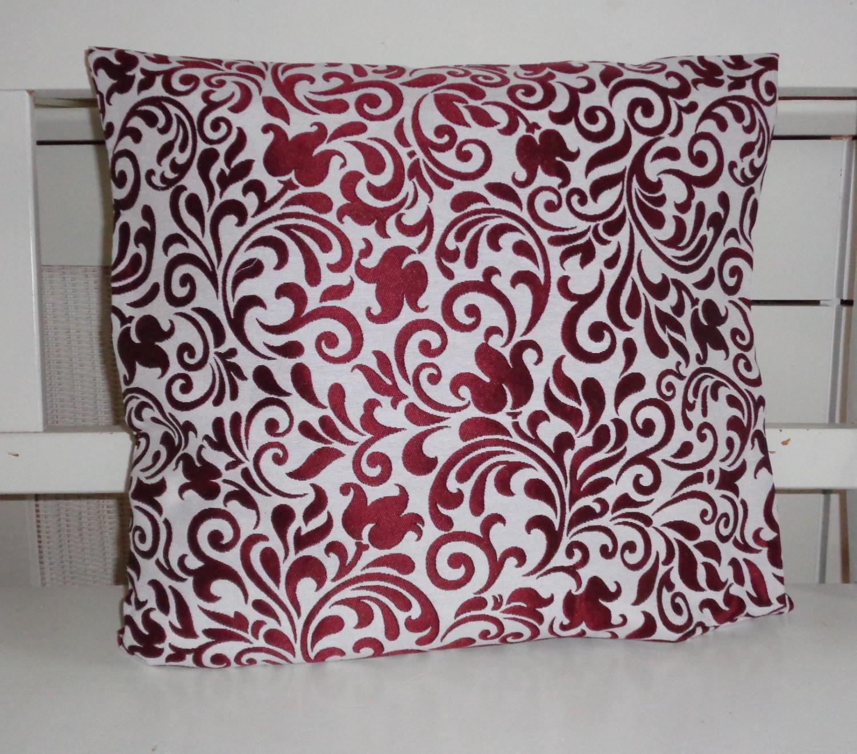 dekokissen ornamente glanz dunkelrot 40x40 oder 50x50. Black Bedroom Furniture Sets. Home Design Ideas